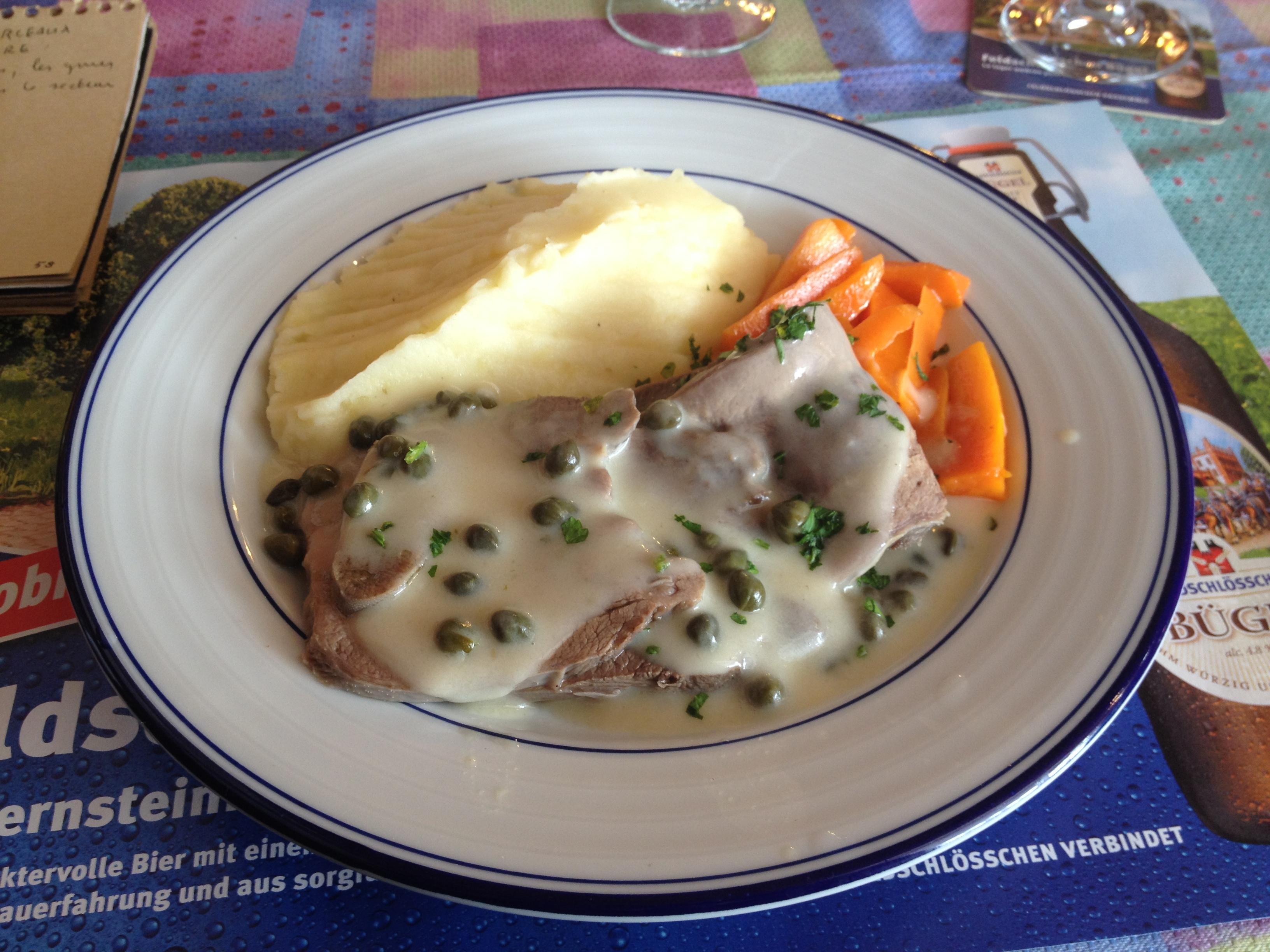 Le mercredi chez calvetti c tait jour de langue arpenter l ouest - Comment cuisiner la langue de boeuf ...